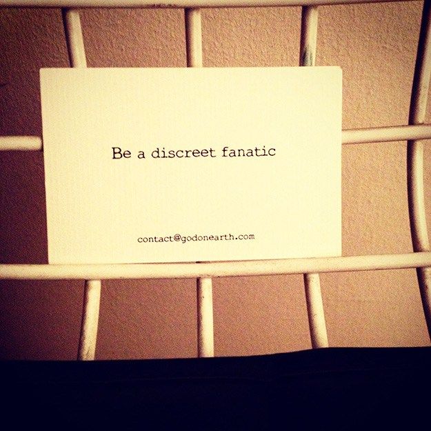 Card-#-Be-a-discreet-Fanatic